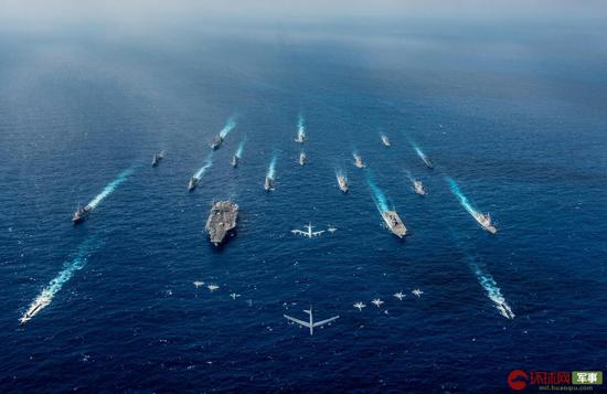美日最大演习出动航母及上百架军机 矛头直指中国