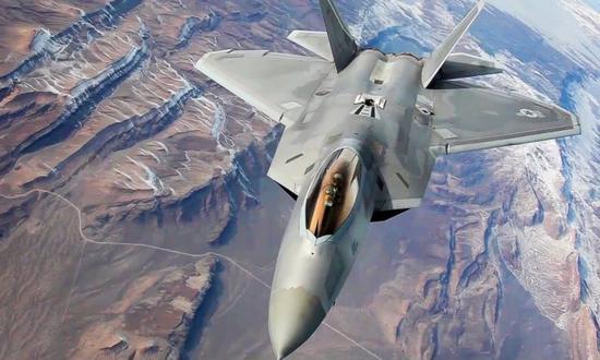 美国F-22战斗机