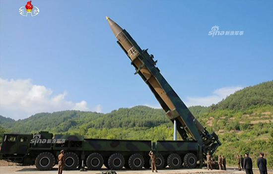 日媒:日本拟用小卫星监视朝鲜导弹