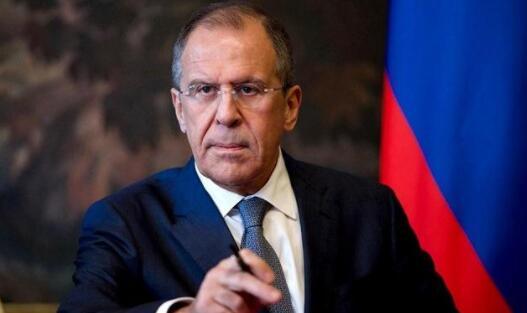 俄外长:西方试图把