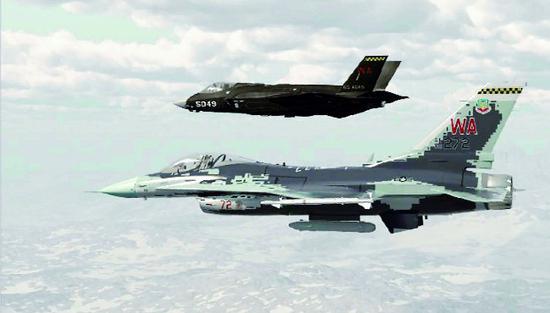 美军用F35战机模拟中国歼20?性能相差太多不够逼真