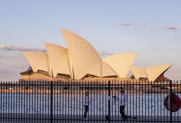 """澳民众抨击核潜艇协议:""""工人们没有兴趣与中国开战"""""""