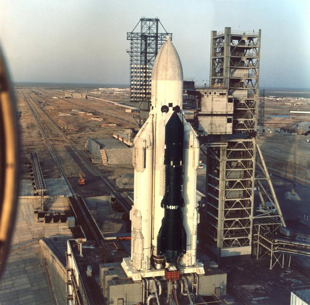 """俄停止研制""""叶尼塞""""重型火箭 对载人登月影响重大"""