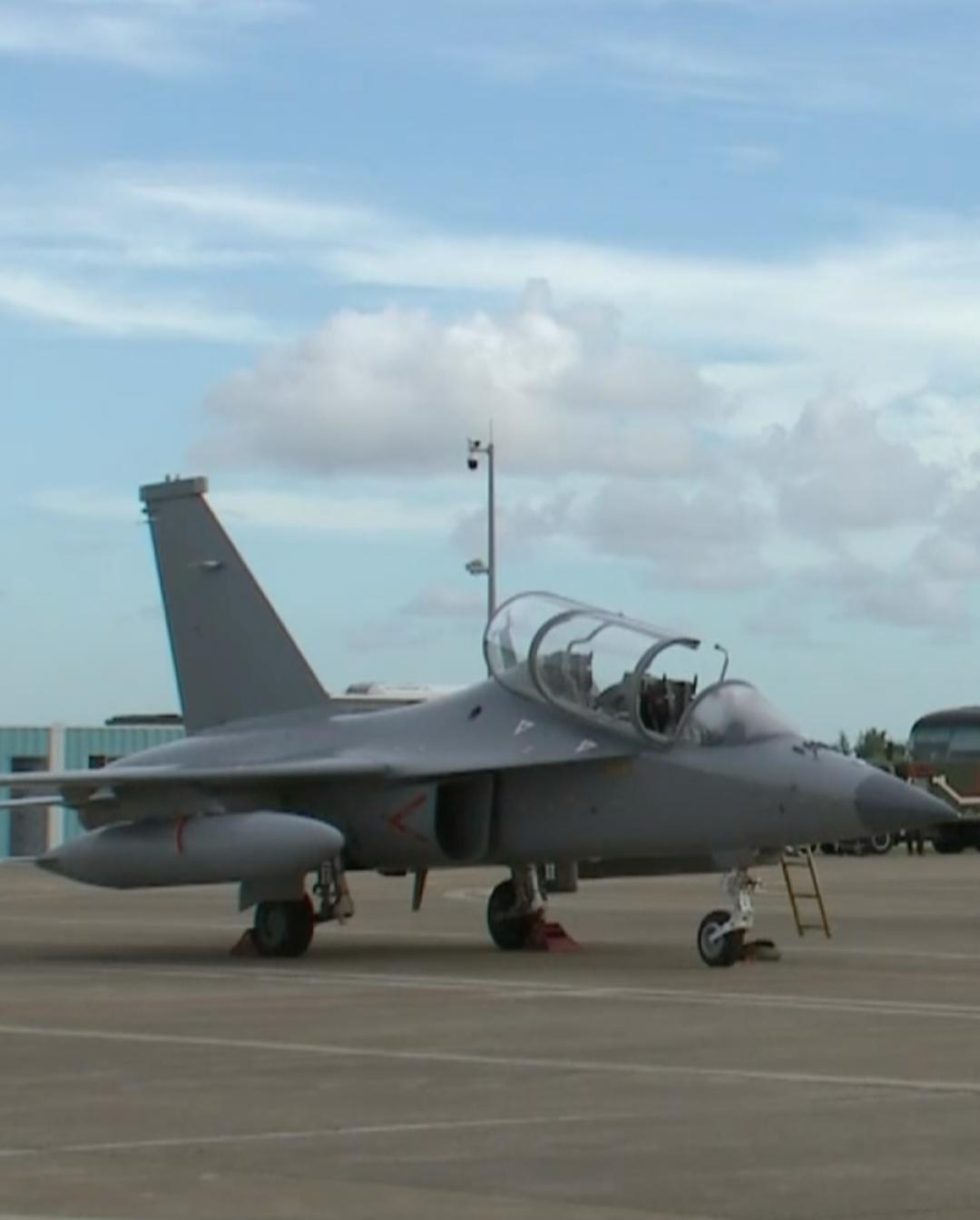 中国空军公布珠海航展阵容 歼16D无侦7首次公开展示