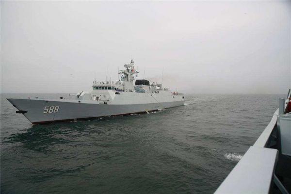 材料图片:中国水师泉州舰。(图片来源于网络)