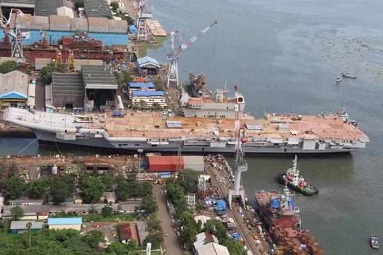 资料图:工程进展缓慢的印度首艘国产航母