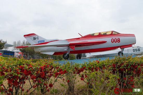 功勋园陈列的008号BW-1变稳试验机 中国飞行试验研究院 供图
