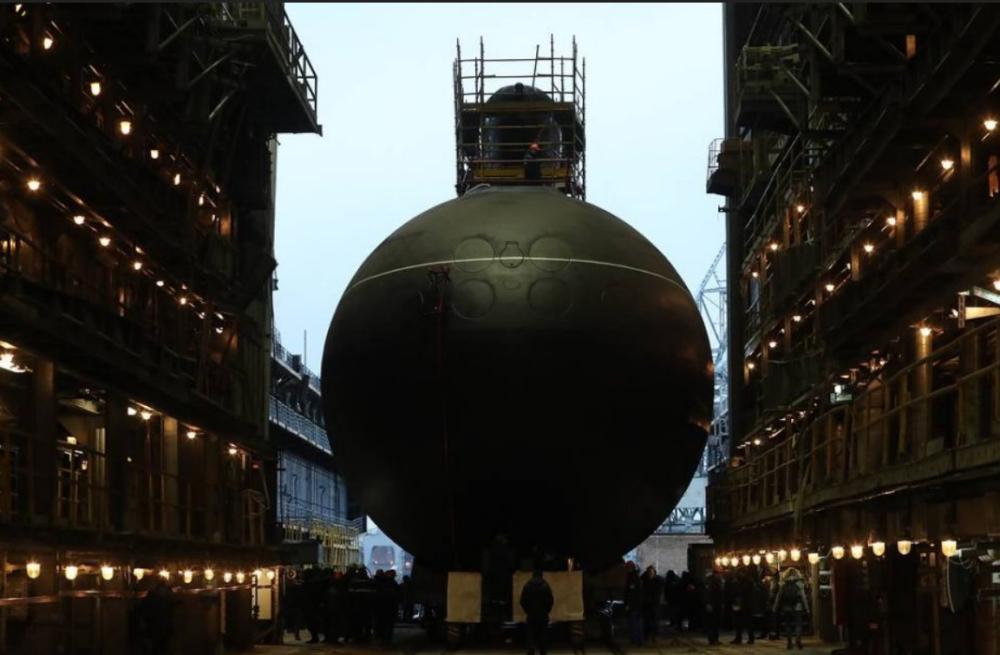 俄军改进版基洛潜艇开始试验 配备巡航导弹(图) 巡航