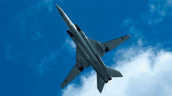 俄军两架图22M3轰炸机巡航黑海 飞行时间超5小时