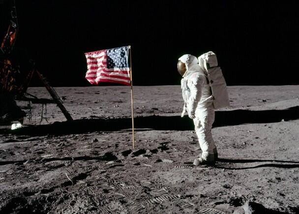 美国登月是骗局?俄官员:将派航天员到月球